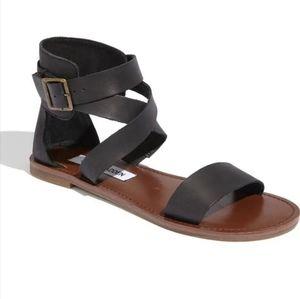 Steve madden black bethanyy sandals